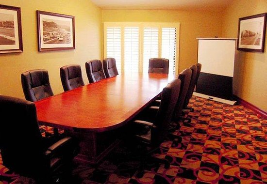 Solana Beach, : Boardroom