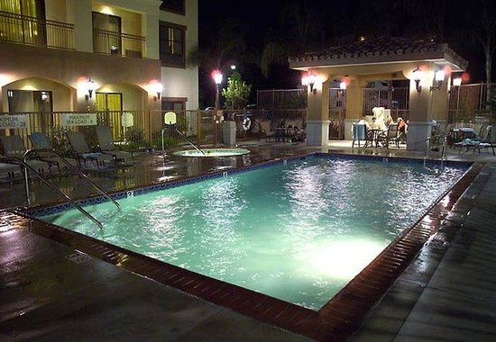 Thousand Oaks, Kalifornien: Outdoor Pool & Spa