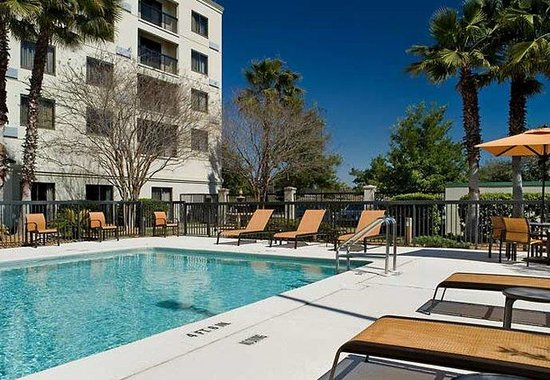 Courtyard by Marriott Jacksonville Butler Boulevard: Outdoor Pool
