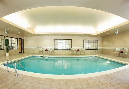 Columbus, IN: Indoor Pool