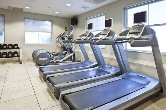 Embassy Suites Tampa - Brandon: Fitness Center