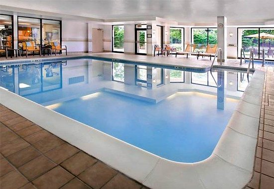 Plymouth Meeting, PA: Indoor Pool &amp; Whirlpool