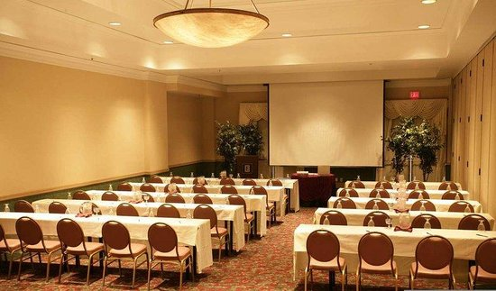 Brea, Καλιφόρνια: Classroom Style Seating in a Section of the Ballroom