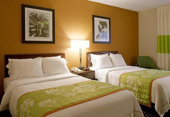 Fairfield Inn Plymouth Middleboro: Double/Double Guest Room