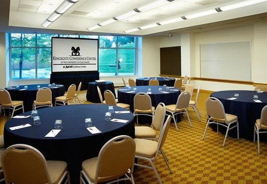 Kingsgate Marriott Conference Center at the University of Cincinnati: Meeting Room  Cabaret Style