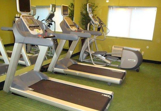 Fairfield Inn & Suites Bismarck South: Exercise Room