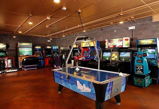 Fairfield Inn &amp; Suites - Rapid City: WaTiki Arcade