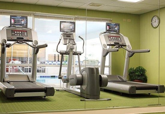 Saint Charles, IL: Fitness Room