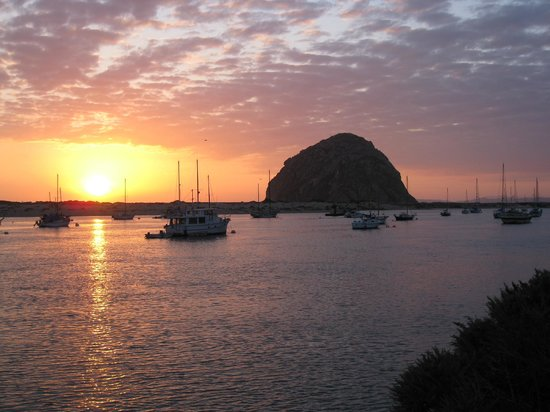 Comfort Inn Morro Bay: Morro Bay at sunset - two blocks from motel