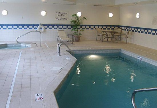 Mount Vernon, IL: Indoor Pool