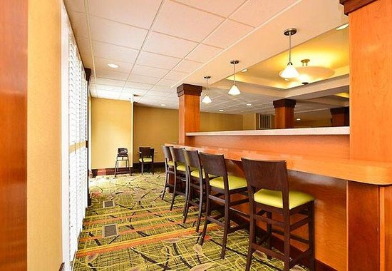 Fairfield Inn & Suites Boone: Breakfast Room