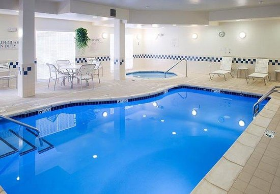 Rogers, AR: Indoor Pool &amp; Whirlpool