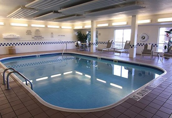 Roseville, MN: Indoor Pool
