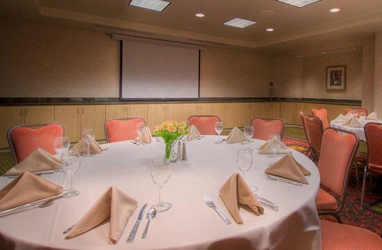 Hilton Garden Inn Mountain View: Host a Meeting