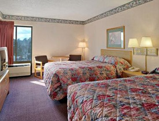 Galloway, NJ: Standard Two Double Bed Room