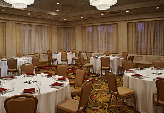Minneapolis Marriott Southwest: Lake of the Woods Ballroom – Corporate Event