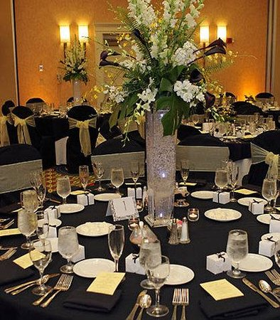 Dunwoody, GA: Table Setting