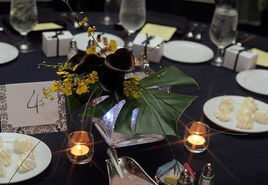 Dunwoody, GA: Table Setting Close-Up