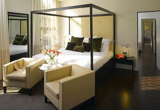 Marriott London Grosvenor Square Hotel: Club Suite