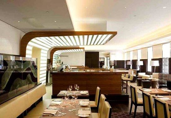 Marriott London Grosvenor Square Hotel: maze Restaurant