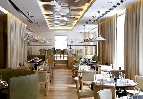 Marriott London Grosvenor Square Hotel: maze Grill