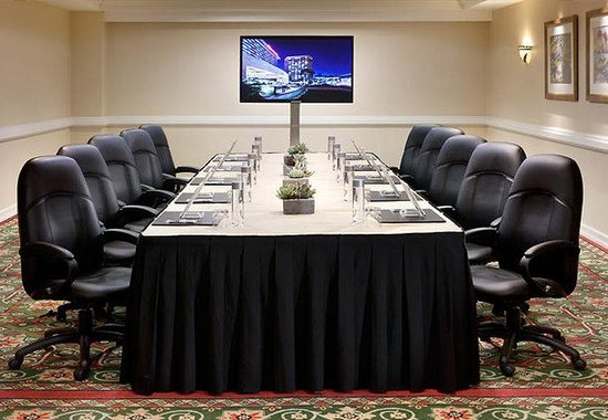 Marriott Anaheim: Boardroom