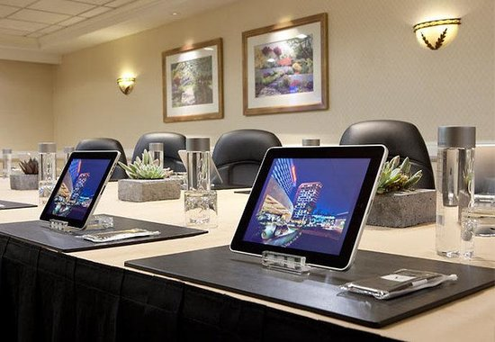 Marriott Anaheim: Meeting Room Technology
