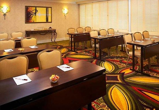 New Orleans Marriott: Galvez Meeting Room