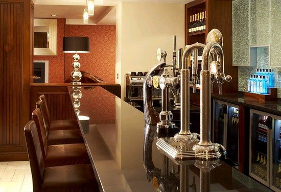 London Marriott Hotel Regents Park: Chats Caf Bar
