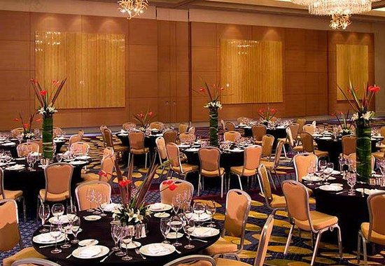 Marriott Marquis Atlanta: Imperial Ballroom Rounds