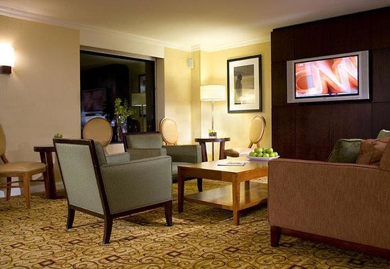 JW Marriott Washington DC: Concierge Lounge