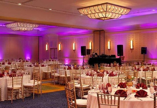 Boston Marriott Cambridge : Grand Ballroom Banquet 