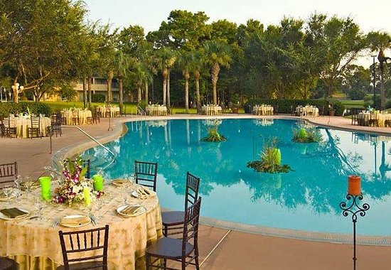 Sawgrass Marriott Golf Resort & Spa: Poolside Reception