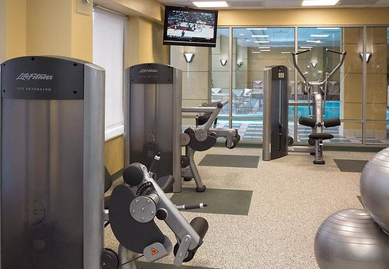 Downers Grove, IL: Fitness Center