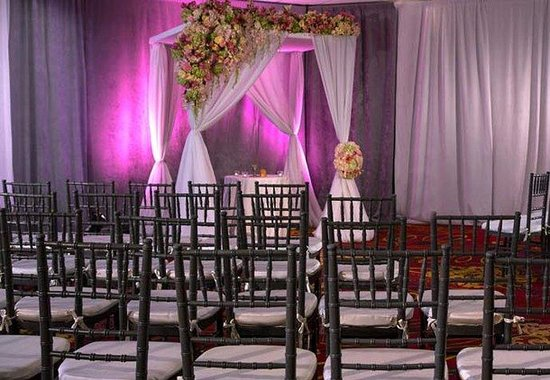 Fairview Park Marriott: Jewish Wedding
