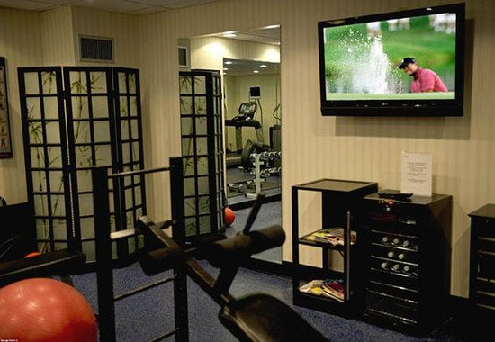 Annapolis Marriott Waterfront: Fitness Center