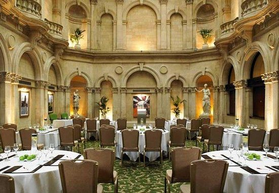 Bristol Marriott Royal Hotel: Palm Court - Cabaret Set-Up