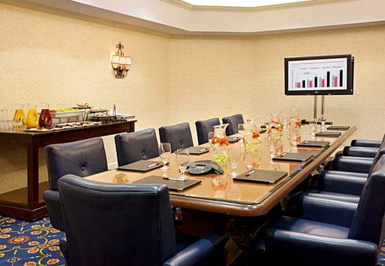 Ventura Beach Marriott: Boardroom