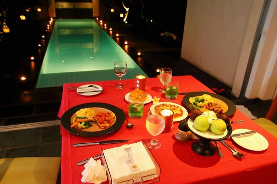 Bali Island Villas & Spa: DINNER