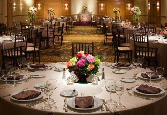 Gaithersburg Marriott Washingtonian Center: Wedding Reception
