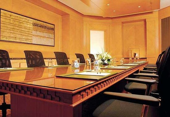 JW Marriott Hotel Mumbai: Boardroom