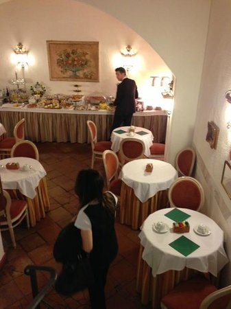 Albergo del Sole Al Pantheon: Wonderful breakfast not to miss!