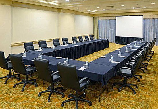 Littleton, : Lone Tree Meeting Room