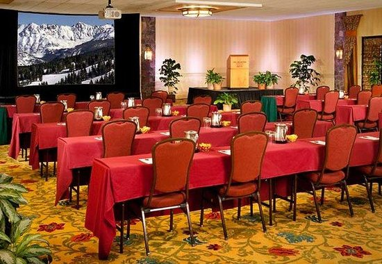 Marriott Vail Mountain Resort & Spa: Colorado Ballroom- Theater Style