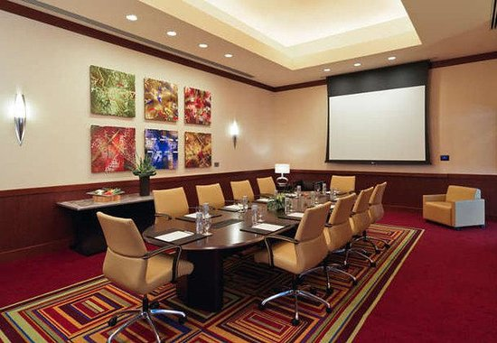 JW Marriott Hotel Grand Rapids: Perugia Boardroom