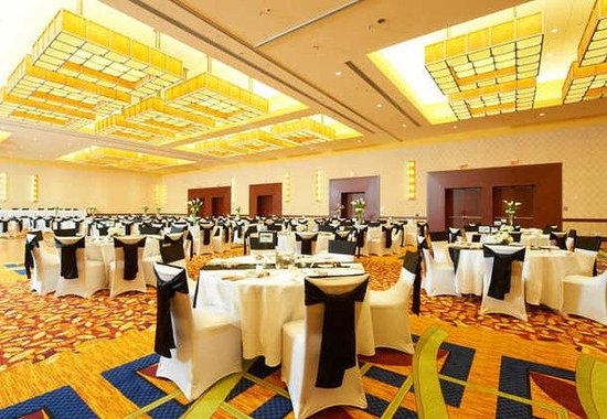 JW Marriott Hotel Grand Rapids: International Ballroom Wedding Reception
