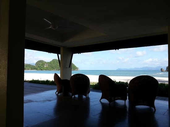 Tanjung Rhu Resort: View of the beach