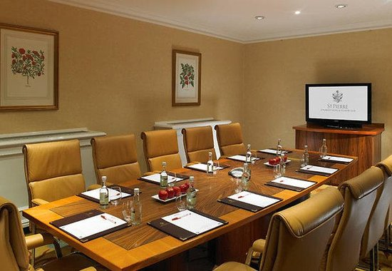 Chepstow, UK: Executive Boardroom