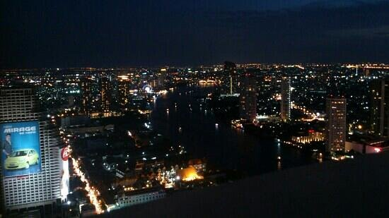 lebua at State Tower: night view