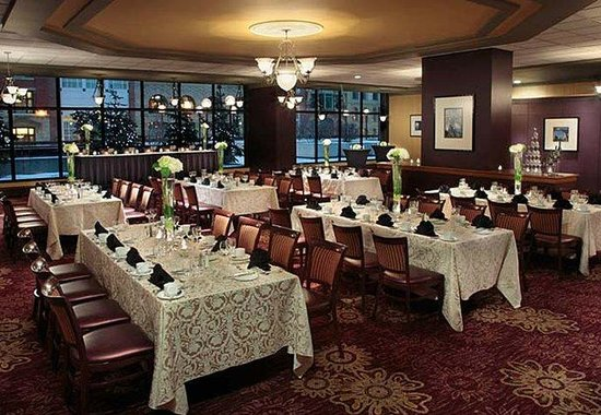 Calgary Marriott Downtown Hotel: Traders Grill - Wedding Style